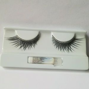 Make up Forever eye lashes